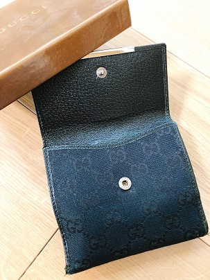 グッチのお財布のホック部分
