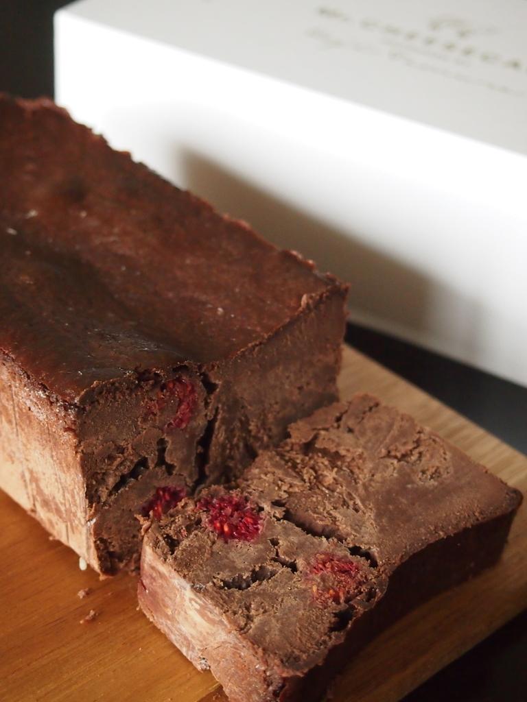 チョコレートラズベリーチーズケーキ