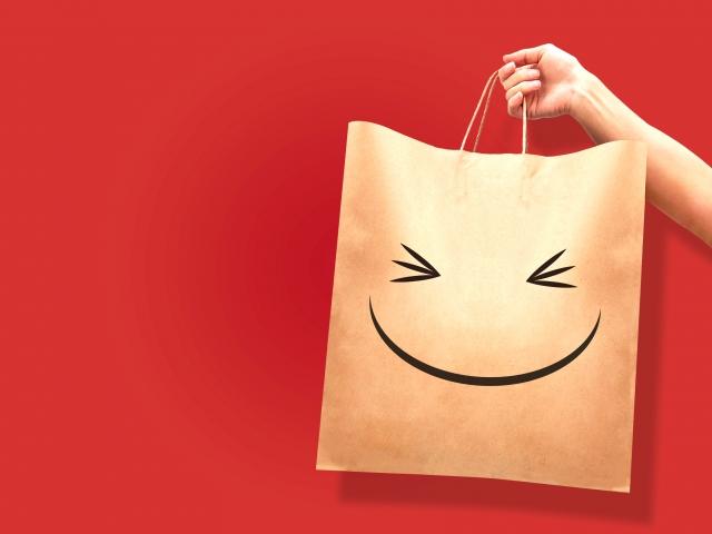 お得なお買い物と紙袋