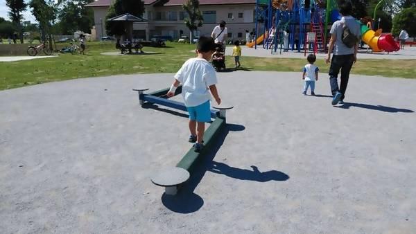 下野市 大松山運動公園 平均台