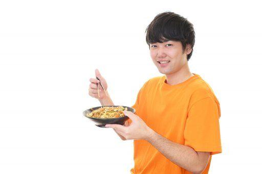 ボディメイク 男 自宅 食事 タンパク質