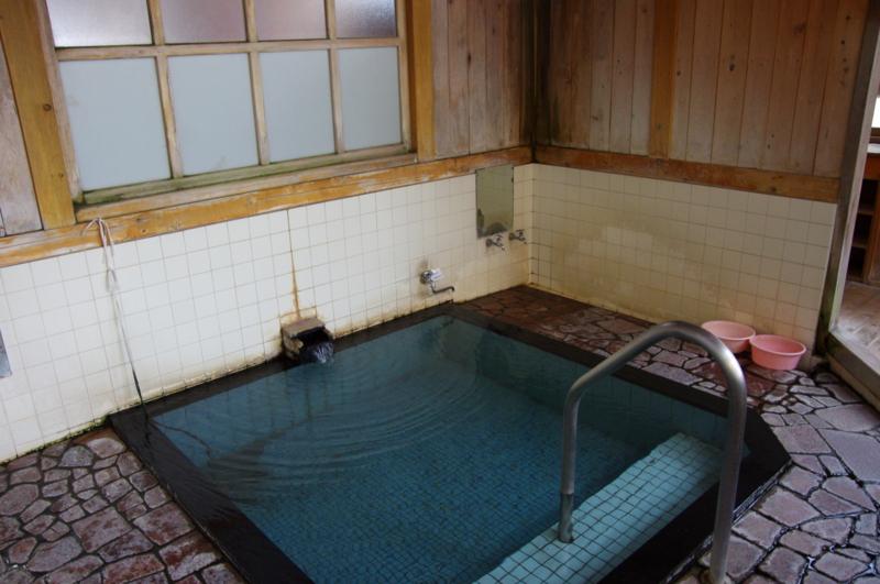角間温泉 共同浴場 大湯