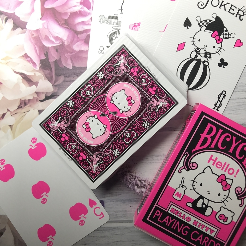 HELLO KITTY BICYCLE PLAYING CARDS
