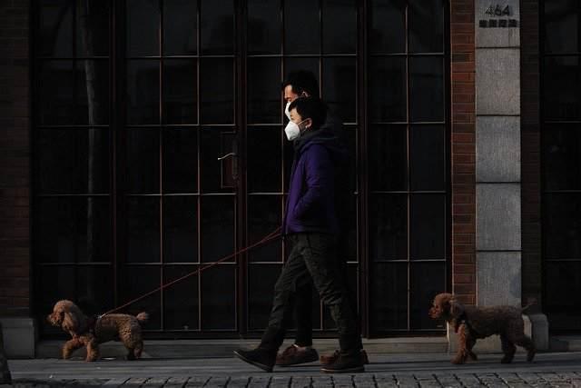 東京、コロナウイルスでついに外出自粛へ【かかったらこの薬は危険なので注意!】
