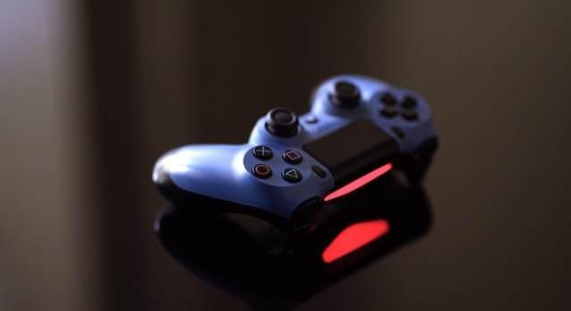 現役ゲーム開発者の話|ソーシャルゲームを遊ぶみなさまへ知っておいてほしいこと【コロナについて】