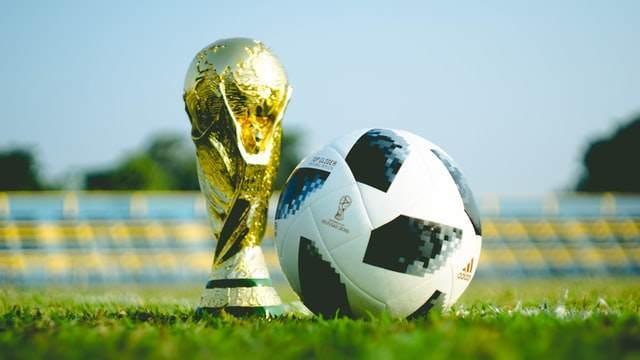 サッカー|30代男子が思い出深い日本代表の歴代10番を語ってみる