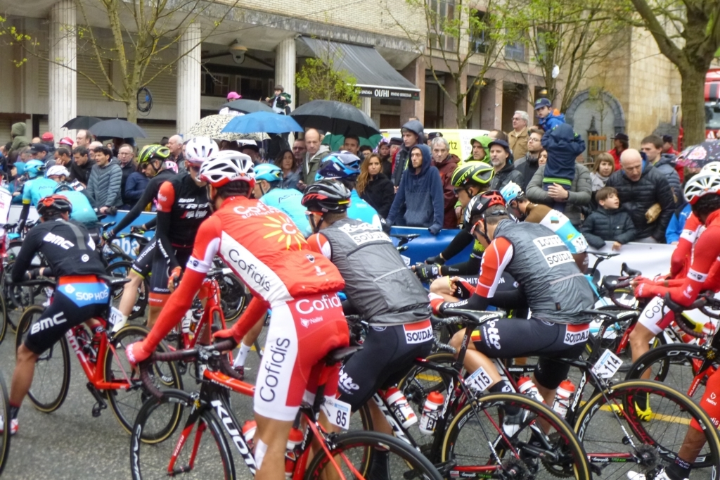 f:id:ciclismo-yukari:20180412055021j:plain