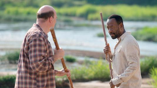 ウォーキングデッド6第4話 イーストマンに棒術を習うモーガン