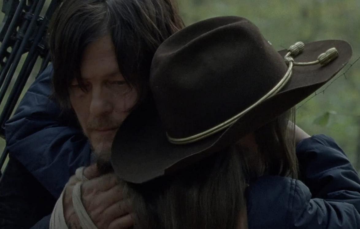 ジュディスを抱きしめるダリル