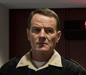 ライル・ハガティ海軍少将/ブライアン・クランストン