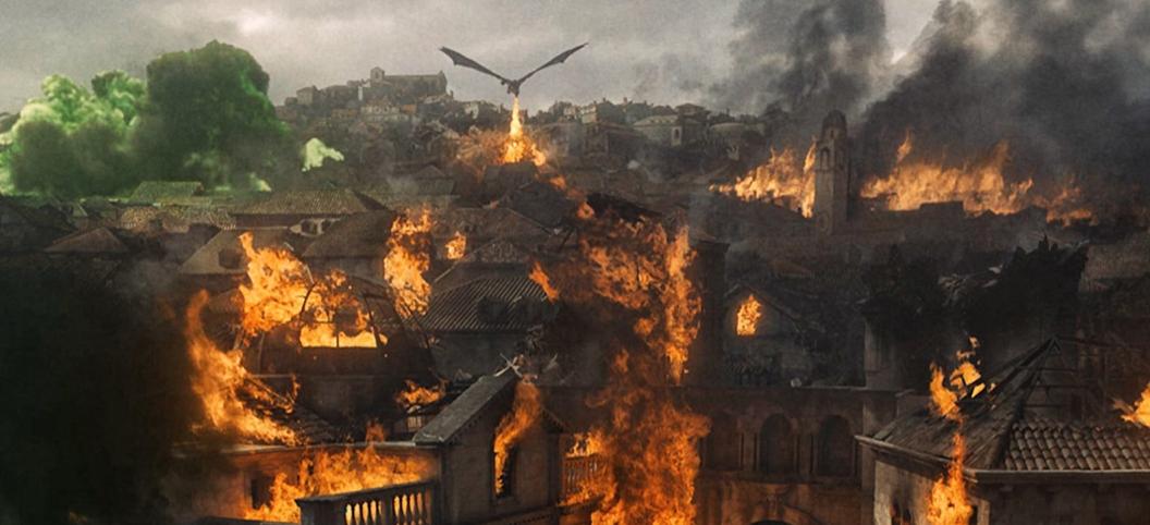キングズランディングを破壊するドラゴン