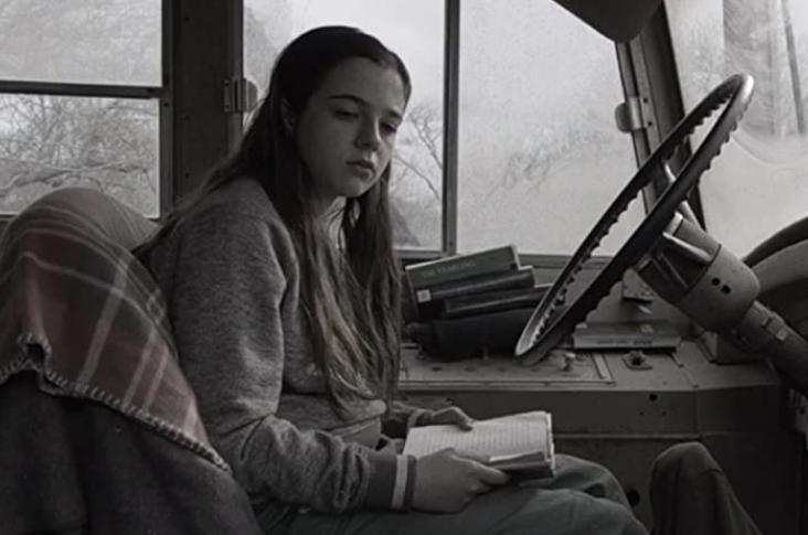 バスに乗るチャーリー