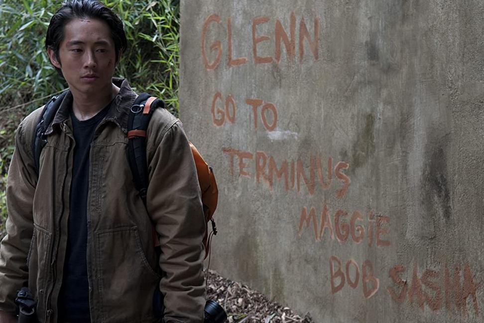 マギーのメッセージを見つけたグレン