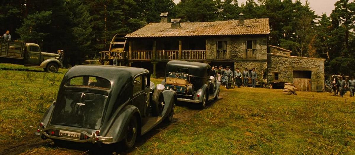パンズラビリンスの山小屋