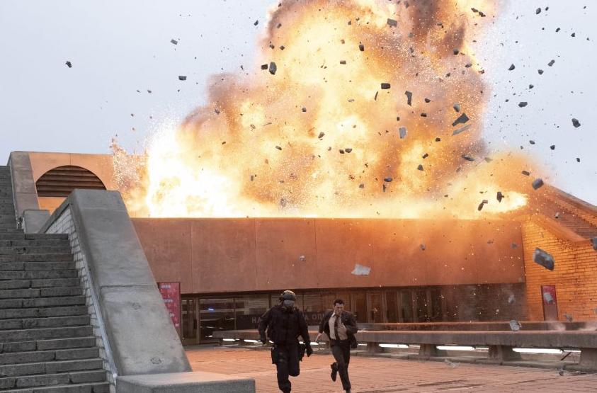 TENET テネット オペラ館の爆破シーン