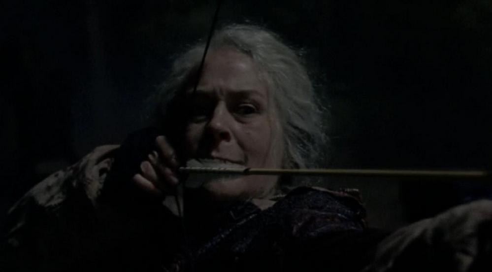 第16話の弓を射るキャロル