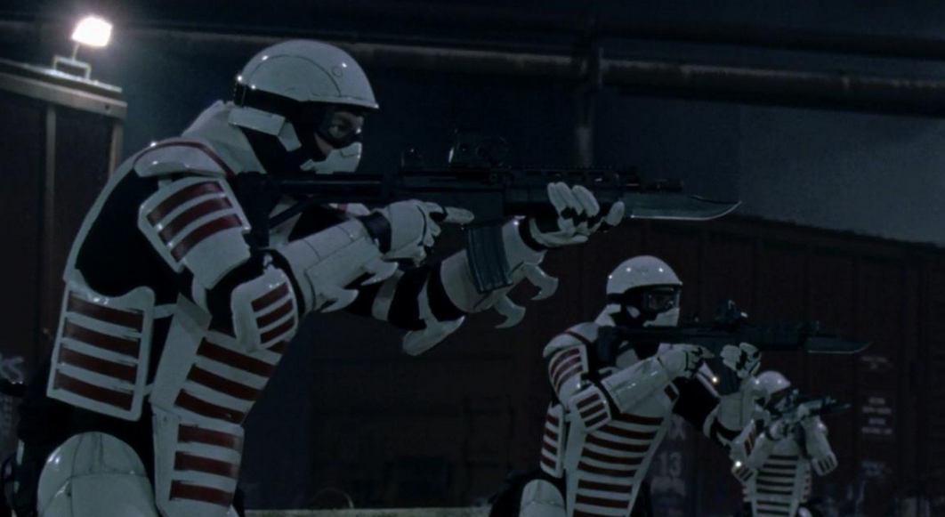 ウォーキング・デッド10最終回16話 トルーパーみたいな兵士