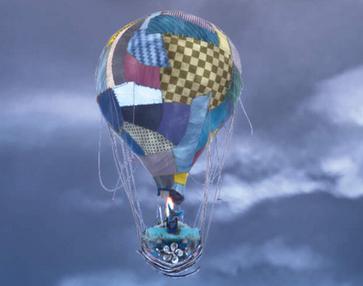 映画『えんとつ町のプペル』の気球