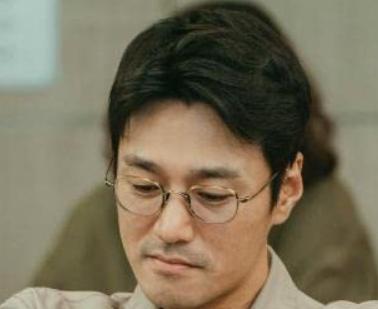 チョ・ヨンウン/チェ・ヨンジュン