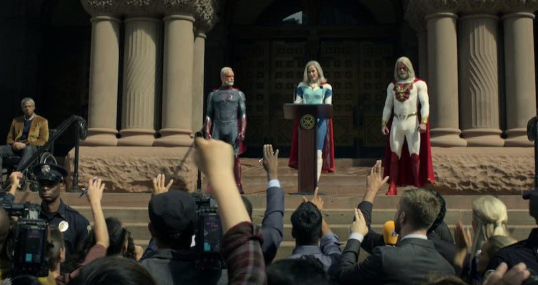 Netflix『ジュピターズ・レガシー』主要ヒーローと記者やデモ抗議者