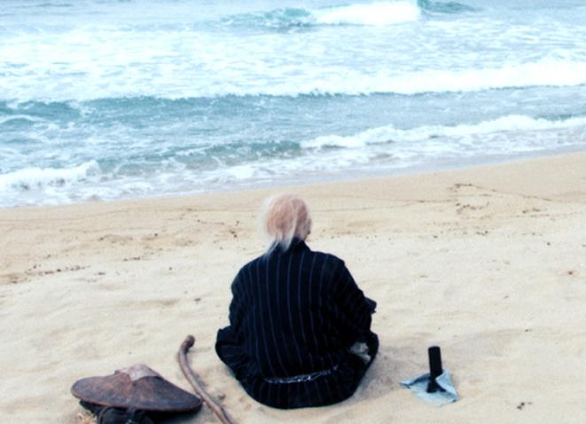 映画hokusai 北斎の老齢期の旅の浜辺のシーン