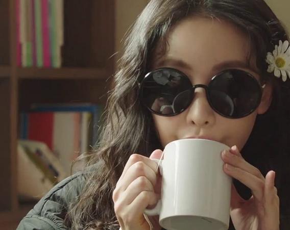 韓ドラ『このエリアのクレイジーX』第4話 精神科医に通院するヒロイン・ミンギョン