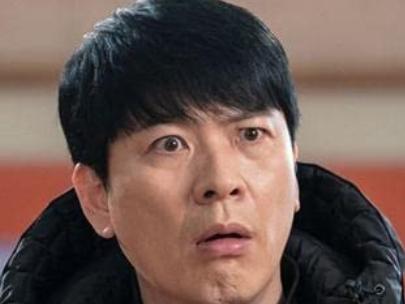 ユン・ヒョンジョンを演じるキム・サンギョン