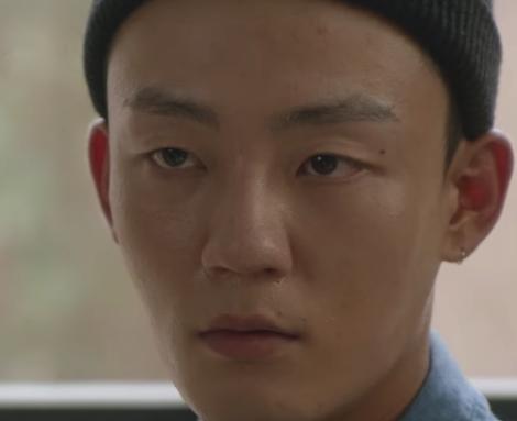 ナム・ギュヒョンを演じる韓国の俳優キム・ミングィ