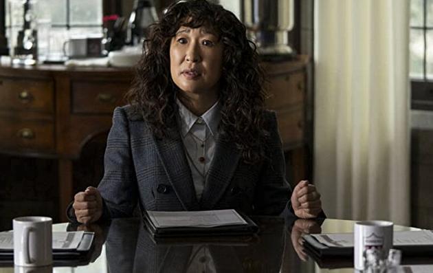 『ザ・チェア/私は学科長』サンドラ・オー演じる主人公ジヨン