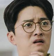 チャン・ヨングクを演じる俳優イン・ギョジン