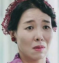 チョ・ナムスクを演じる女優チャ・チョンファ