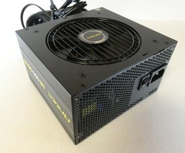 自作PC用電源ユニットの写真