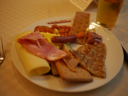 ベルゲンでの朝食