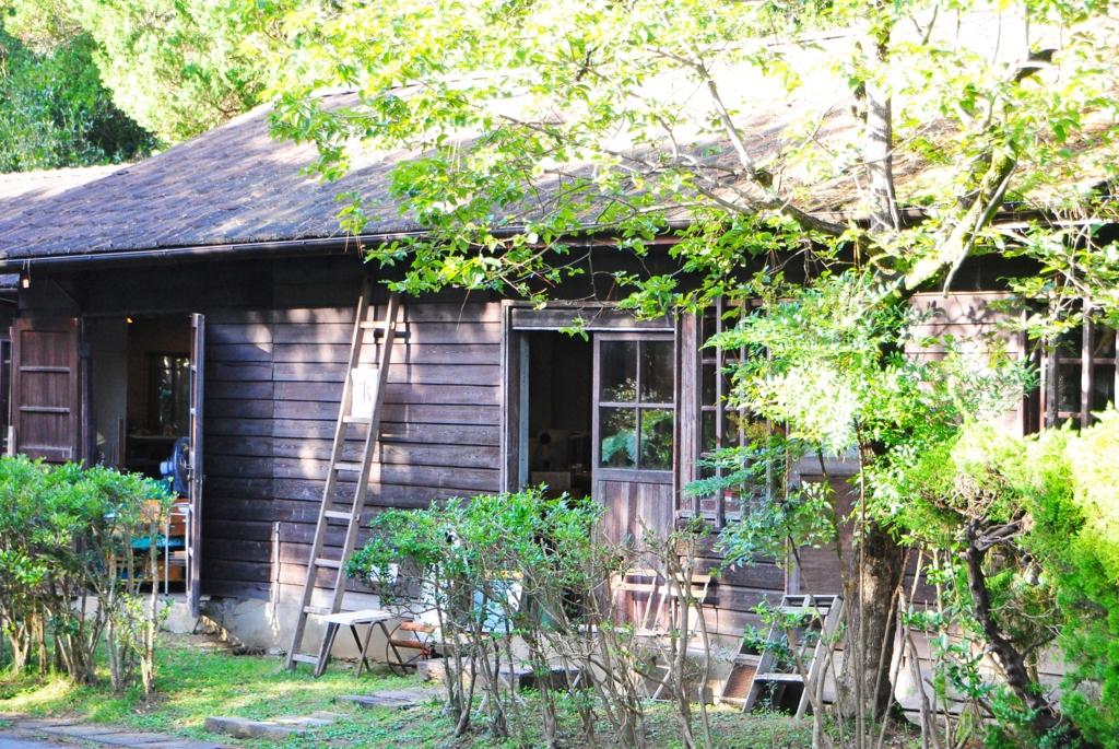 小屋暮らしの魅力・小屋暮らしは小宇宙