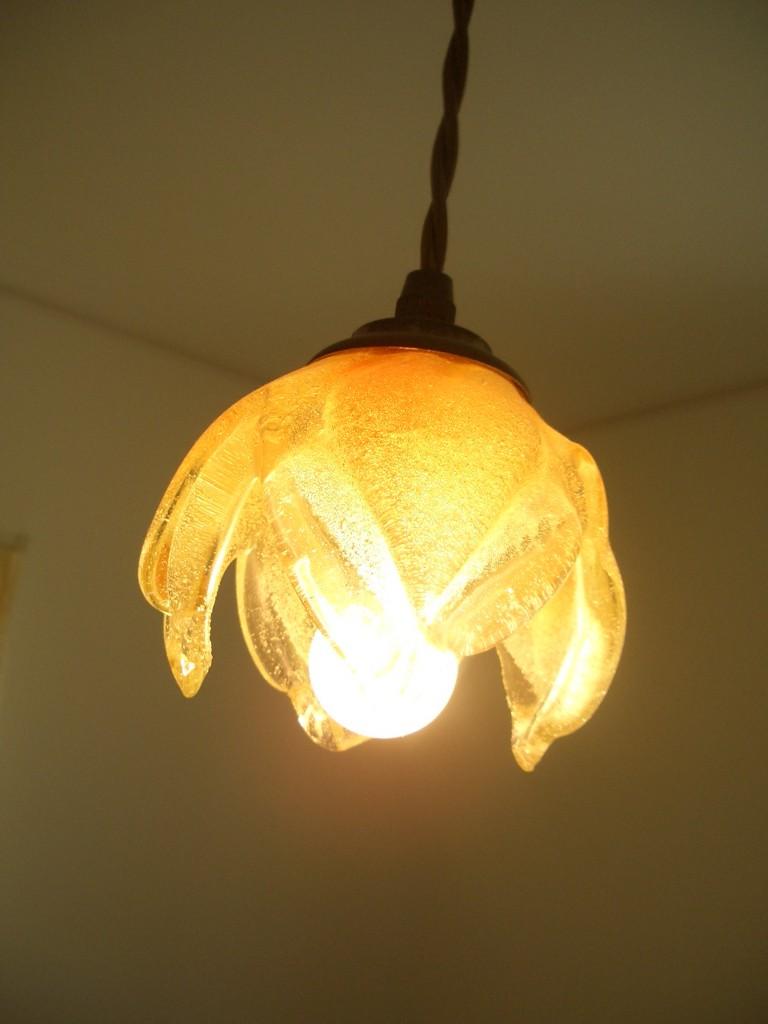 エステサロン間接ライト