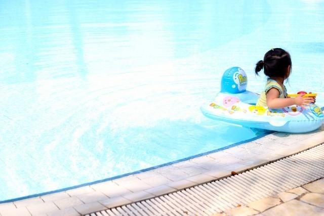プールに行く時あるといい物