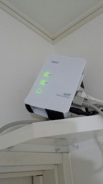 Wi-Fiルーター高い位置に置く