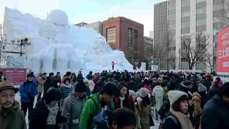 札幌雪まつり進撃の巨人ステージ