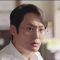 チェ・デフン:イ・ウチョル役