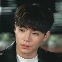 キム・スオ:イム・ホジュン役