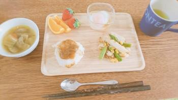 和食の朝食プレート