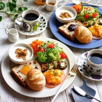 パンの朝食プレート