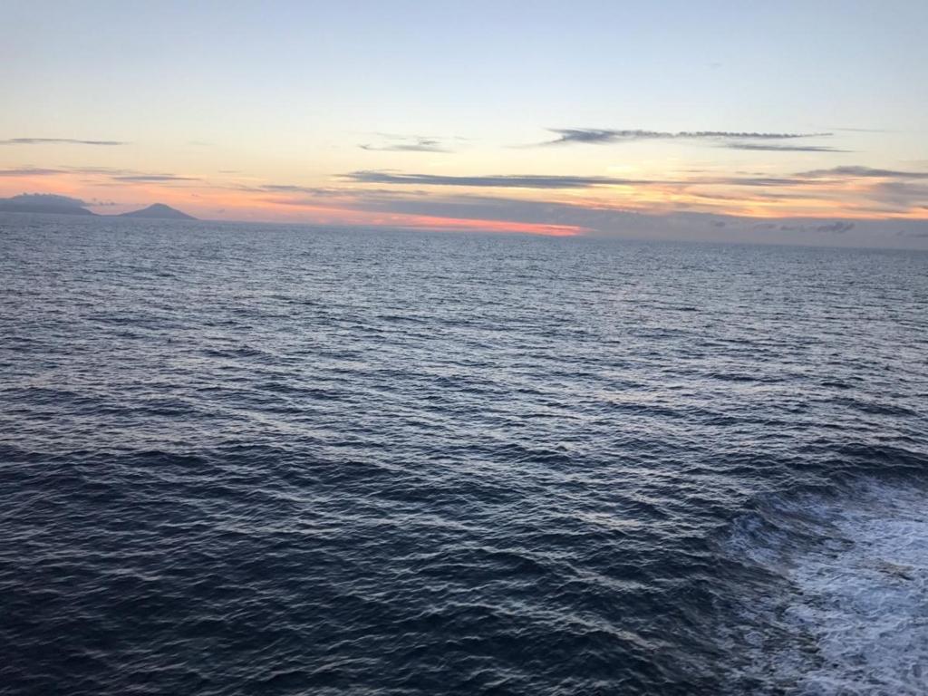 ここのつブログ 小笠原丸船旅