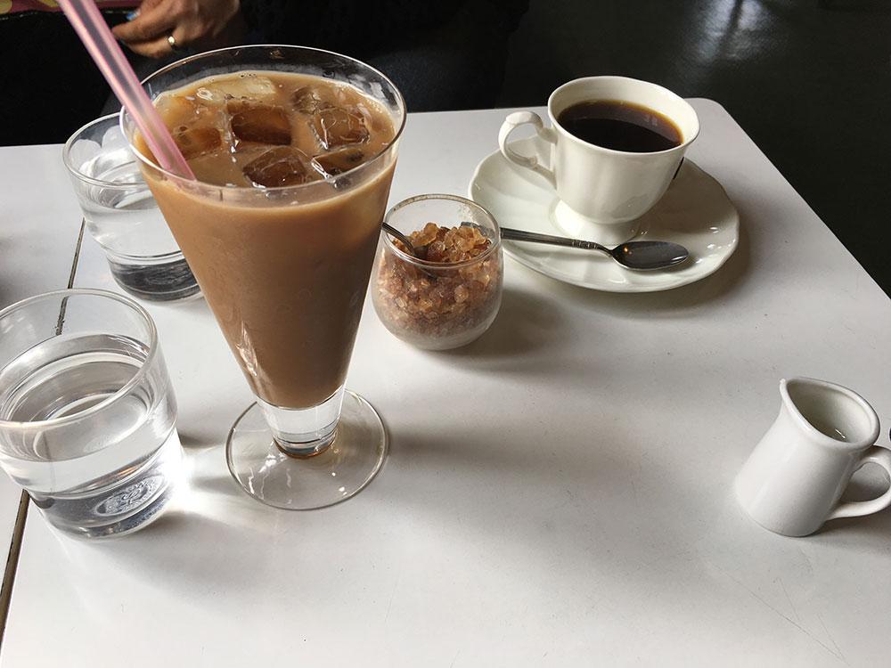 じわり暑い季節|アイスコーヒー