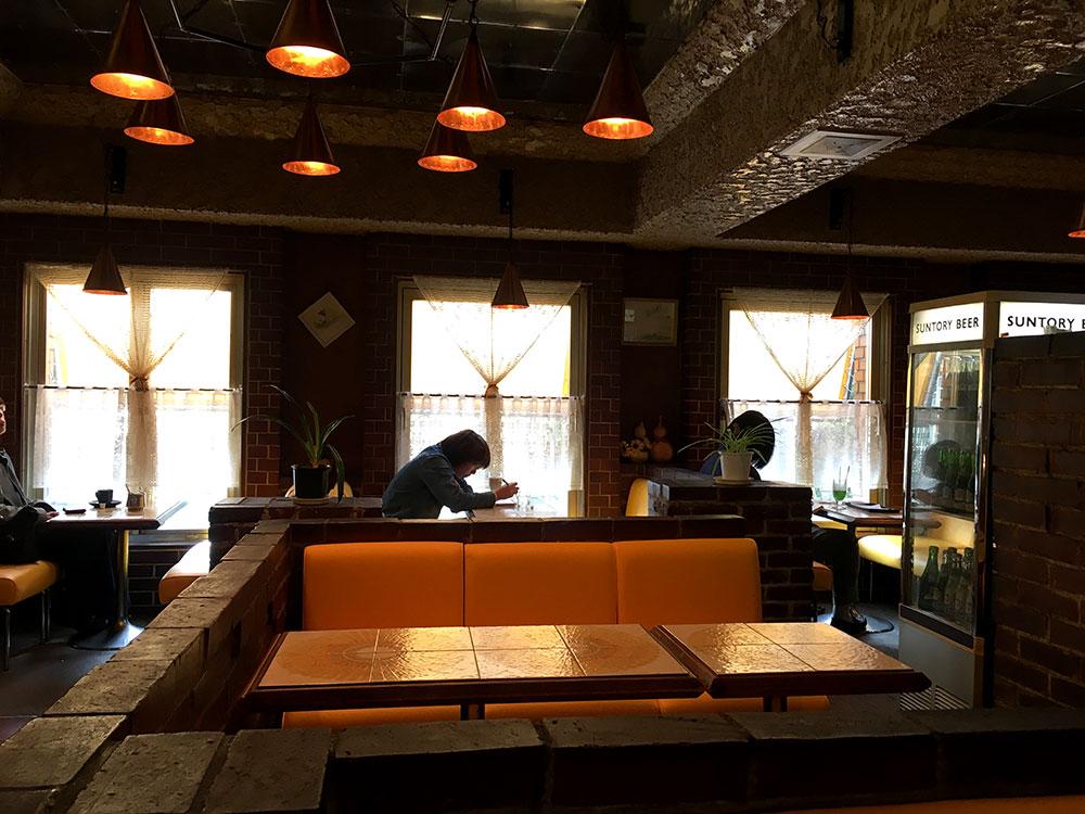 純喫茶モデル オレンジと煉瓦の店内 イメージ