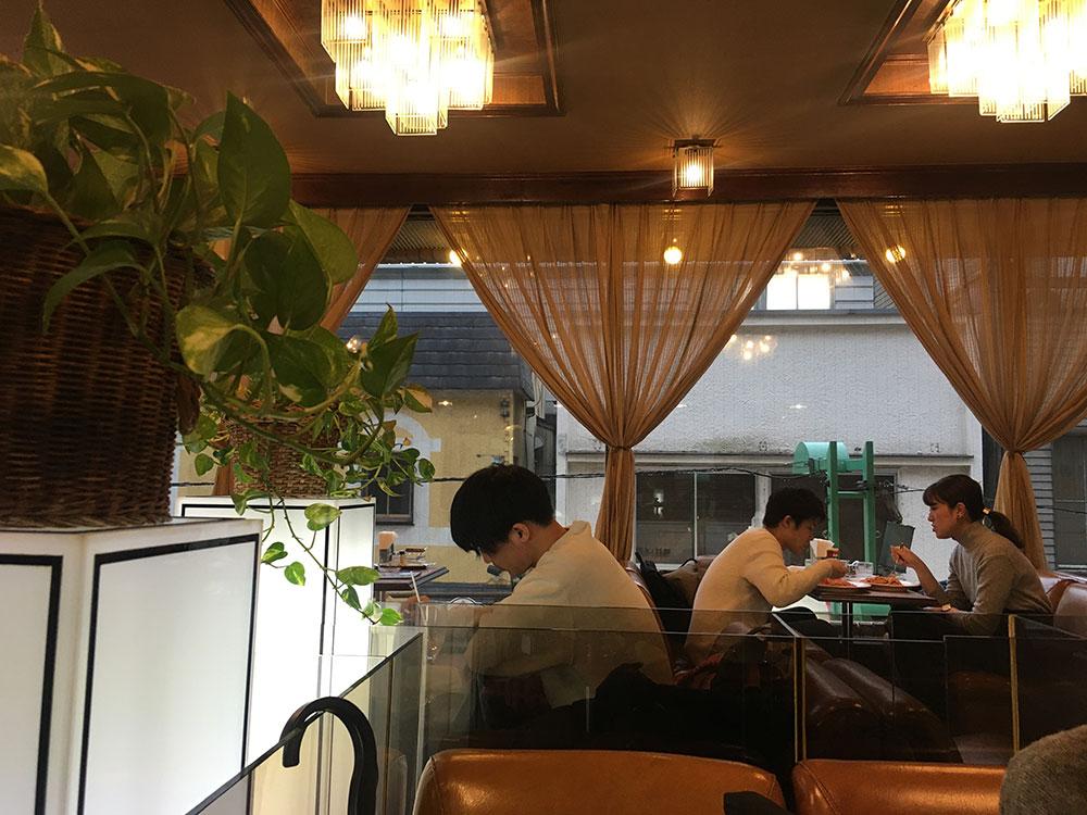 コーヒーサロンサガン 店内 写真