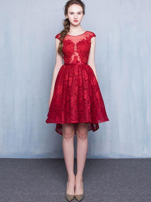 robe rouge habillée courte devant longue derrière en dentelle