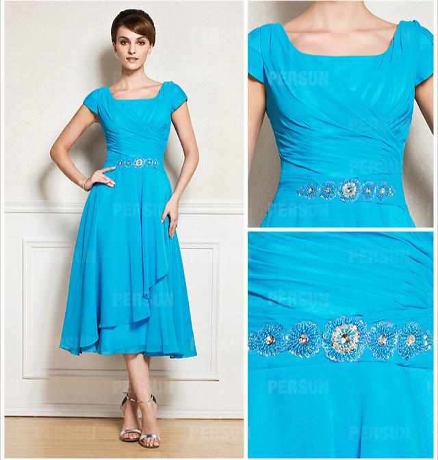 robe mi-longue bleue céleste pour maman du marié