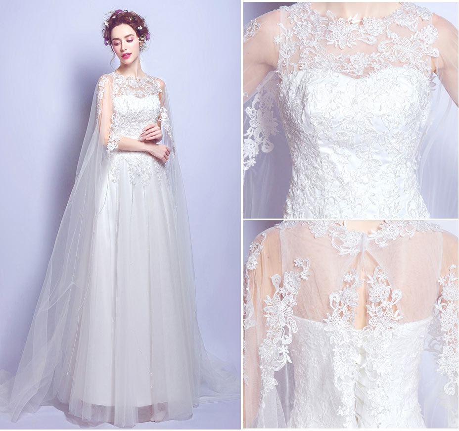 chic robe de mariée dentelle avec cape délicate pour mariage sur plage