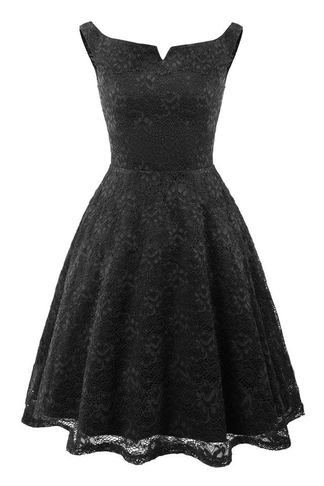 petite robe noire dentelle col bardot jupe évasée